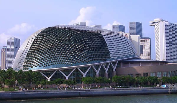 du-lich-singapore-nha-hat-qua-sau-rieng-thang-5-6-7-8