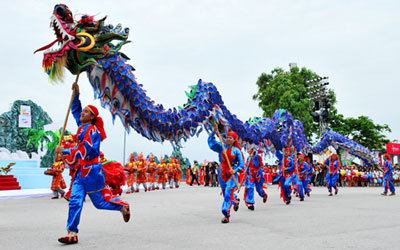 Le-khai-mac-Carnaval-Ha-Long