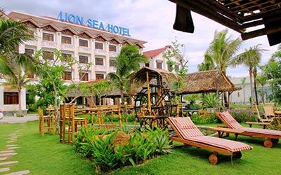 lion-sea-hotel-khach-san-ngay-ben-bai-bien-my-khe