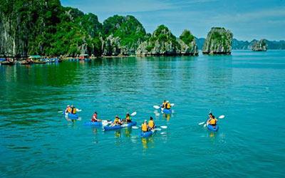 tour-cheo-kayak-tham-vinh-ha-long