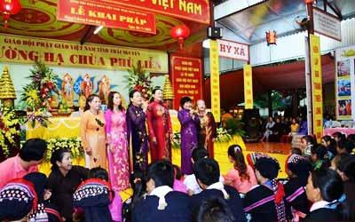 du-lich-le-hoi-Thai-Nguyen
