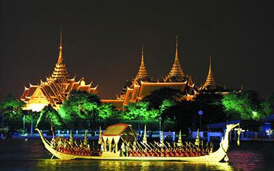 ngoi-thuyen-tren-song-chaopraya-thai-lan