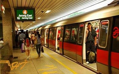 tour-otau-dien-singapore
