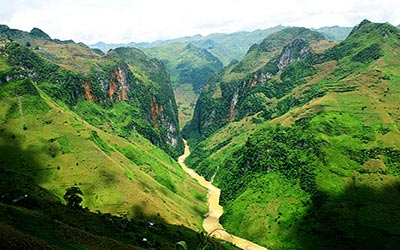 dong-song-que-nho-du-lich-ha-giang