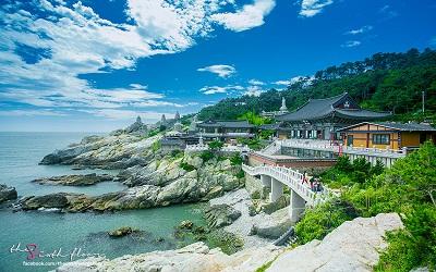 du-lich-han-quoc-chua-Haedong-Yonggungsa-han-quoc