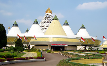bao-tang-purna-bhakti-pertiwi-jakarta-indonesia