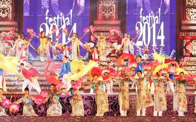 Festival-Hue-2014-da-khai-mac