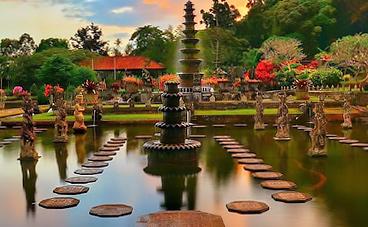cung-dien-nuoc-tirta-gangga-bali-indonesia