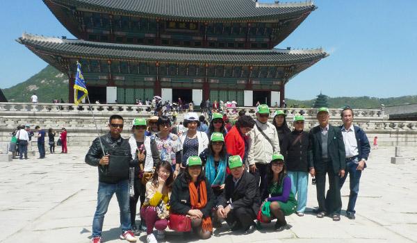 tham-quan-kien-truc-co-cung-kyong-bok