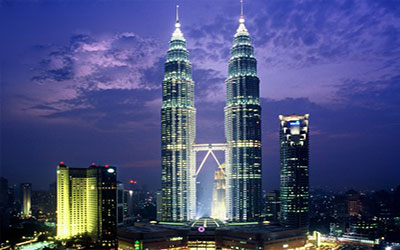 du-lich-malaysia-tham-quan-thap-doi-petronas
