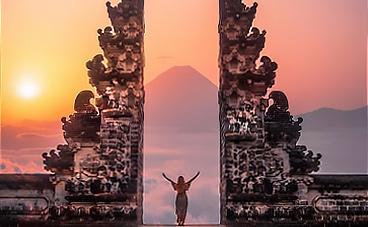 den-cong-troi-lempuyang-bali-indonesia